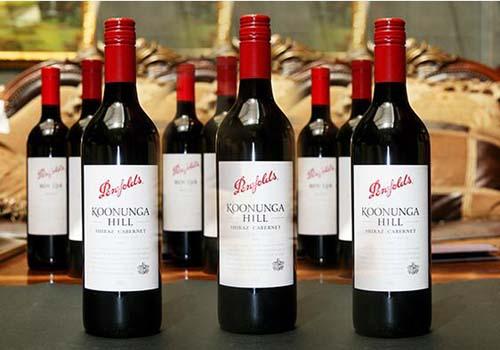 葡萄酒进口报关让国人享受优质进口红酒