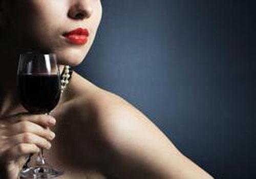 进口红酒成为人们日常消费